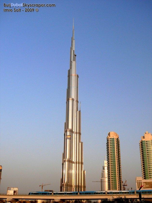 Le burj duba est officiellement le plus haut gratte ciel du monde gratte - Gratte ciel le plus haut du monde ...