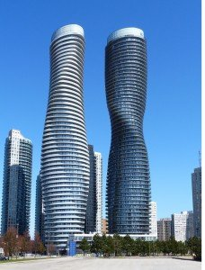 Emporis Skyscraper Award 2012 : Le gratte-ciel de l'année se trouve au Canada 1.-absolute-world-towers-_-edvard-mahnic1-228x300