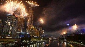 820403-melbourne-fireworks